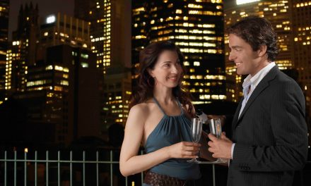 Signs He Secretly Likes You: How To Read A Man's Body Language